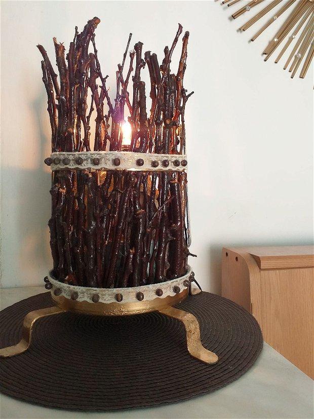 Veioza lampa rustica lemn