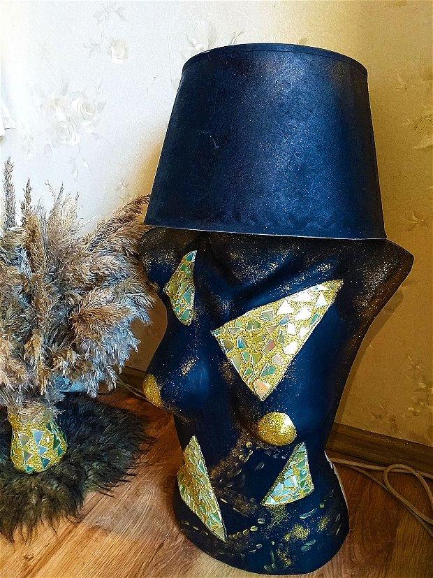 Lampa veioza manechin