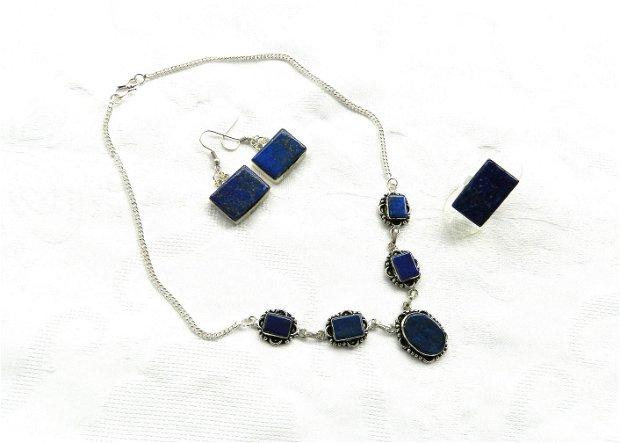 Colier cu caboşoane dreptunghiulare din lapis lazuli placat cu argint 925
