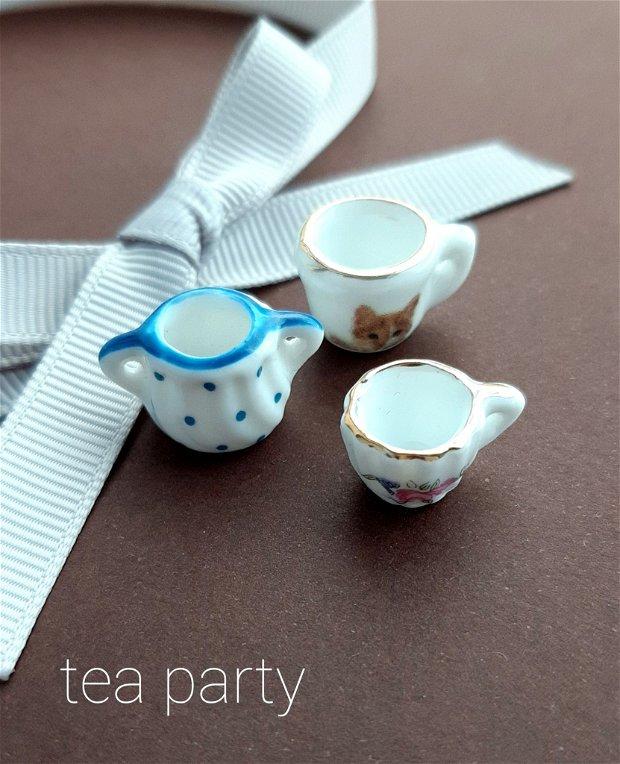 REZERVAT miniaturi coliere argint Tea Party
