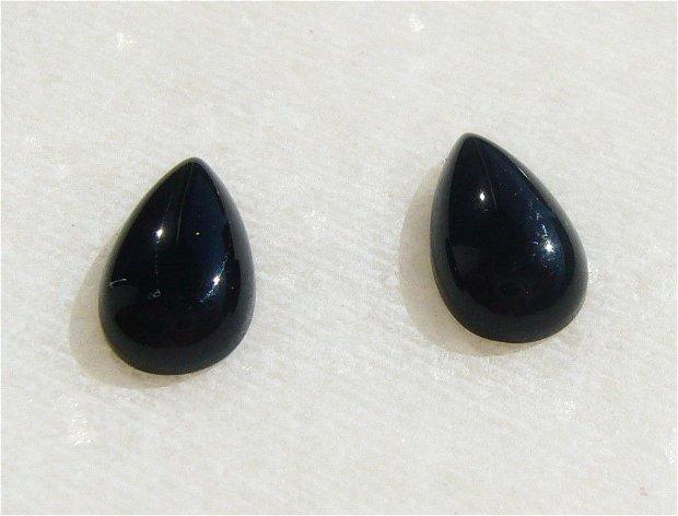 Cabochon lacrima mica din onix negru (provenienta America) aprox 8x5x2.5 mm