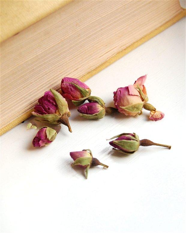 Boboci de trandafir uscati - 6 buc