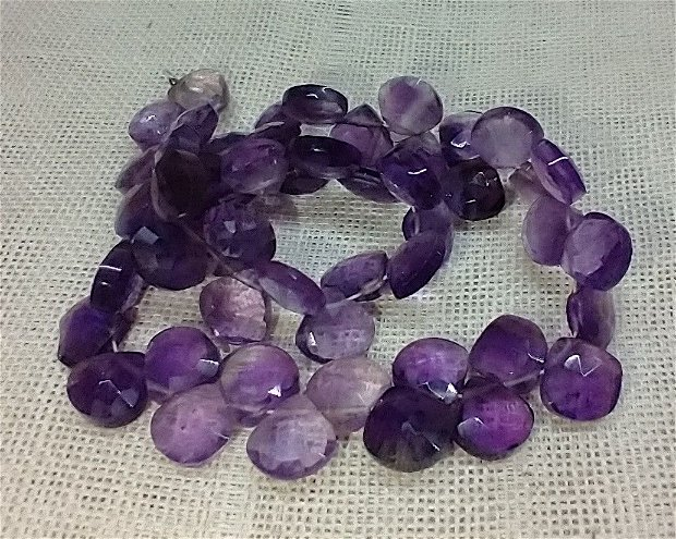 Ametist violet, 52 buc