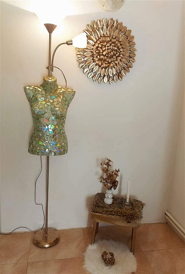 Lampa manechin Deluxe GlamGold