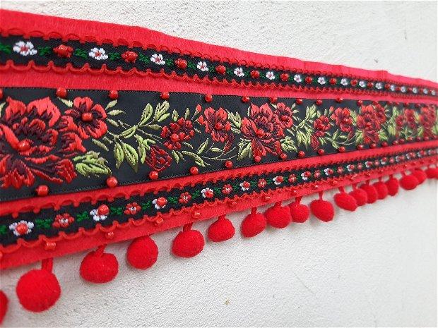 Brâu -cordon folclor cusut manual.Rezervat