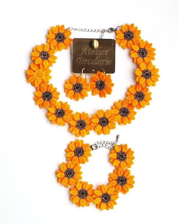 Set cercei, colier si bratara Floarea Soarelui