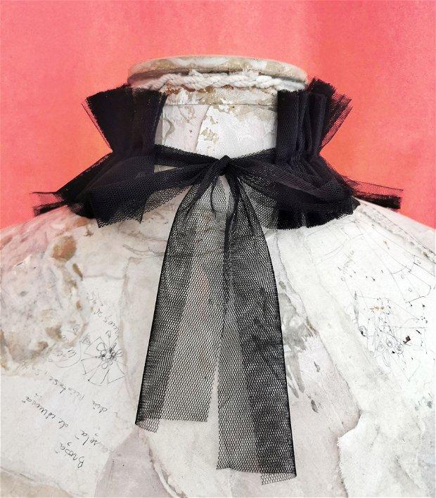 Jabou din tulle negru cu trandafiri handmade, jabou accesoriu gat in stil Victorian