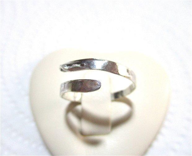 Inel argint cu model texturat, reglabil
