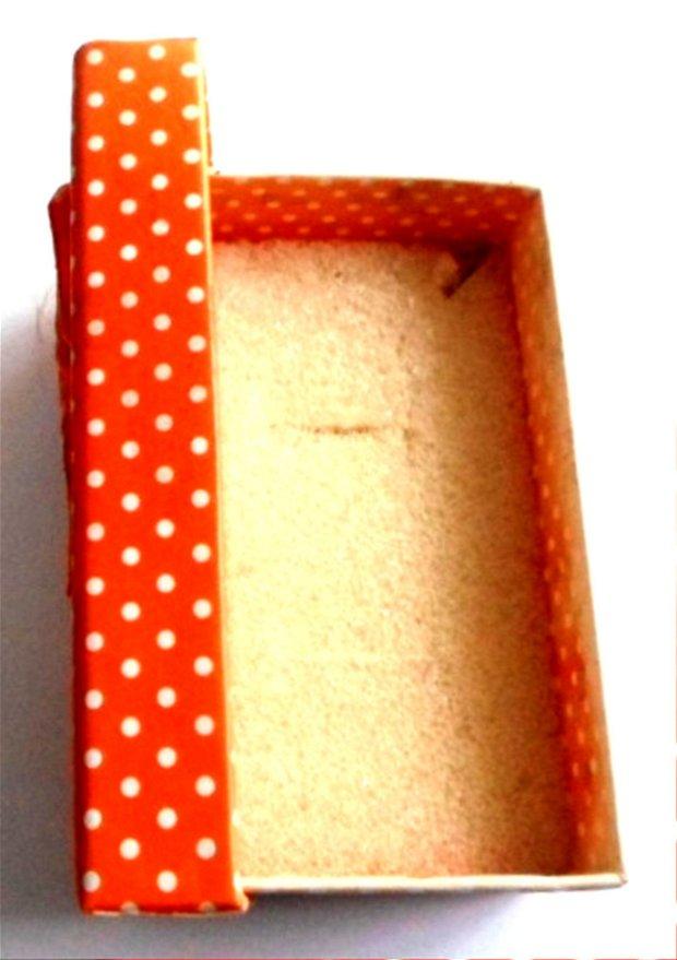 Cutie bijuterii cadou portocaliu cu buline albe si fundita portocaliu cu buline albe