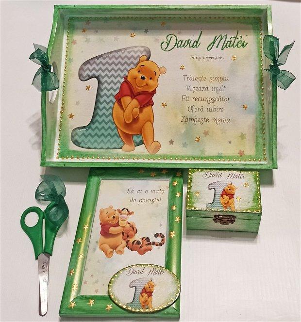 Set mot, format din 4 piese, cu tema Winnie the Pooh, verde