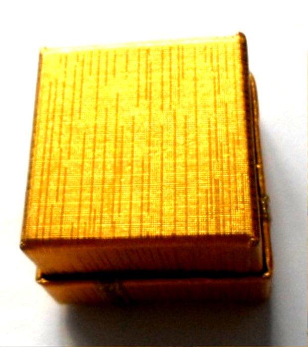 Cutie bijuterii cadou inel galben inchis cu banda si fundita aurii