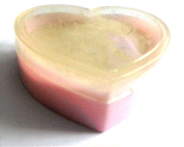 Cutie bijuterii cadou inima roz pal cu capac alb transparent  8 cm