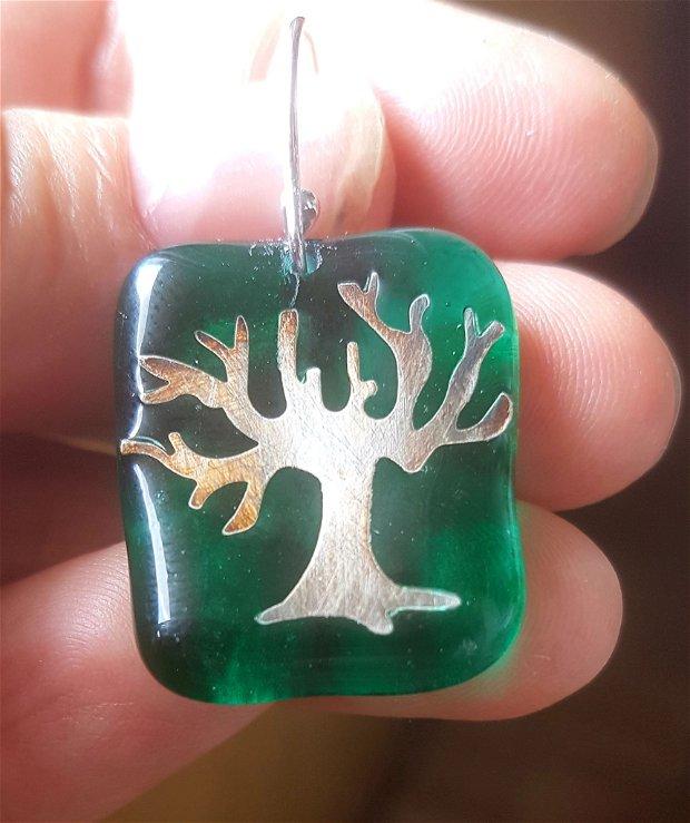 cercei unicat din sticla fuzionata verde, decorati cu pomi de argint pur, antichizat