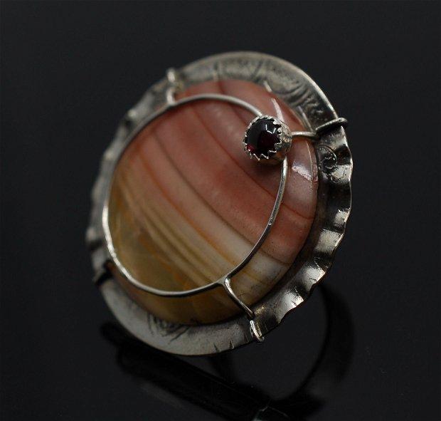 Inel statement din argint 925, cu jasp si granat, inel rotund, inel mare