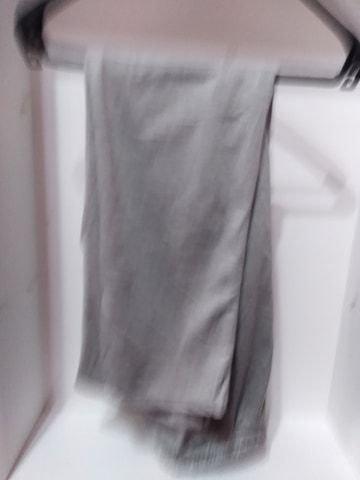 Pantaloni de trening gri