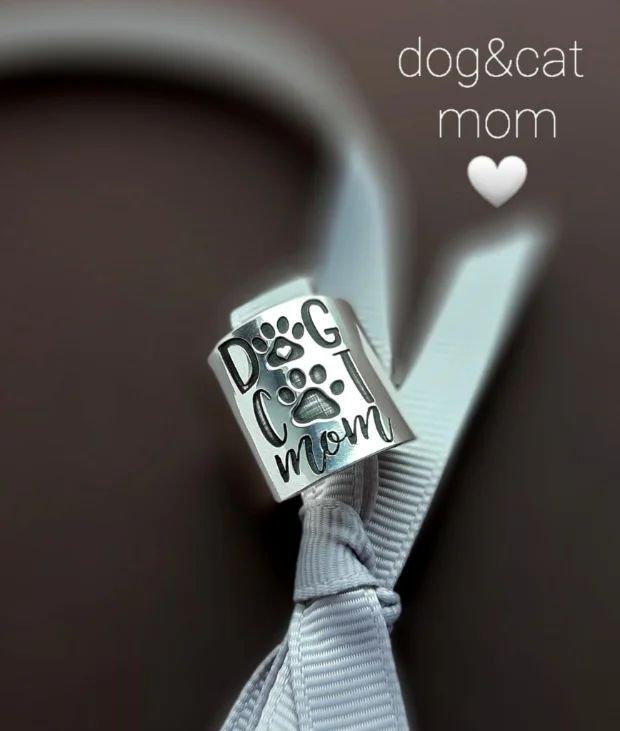 Inel/verighetă lată cu mesaj personalizat DOG CAT MOM