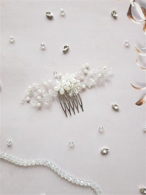 """Pieptene mireasa """"Crystal flowers"""""""