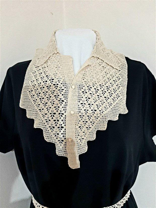 Rochie/tricou lung cu guler croșetat detasabil
