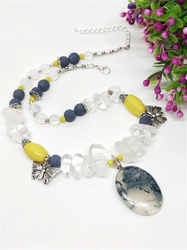Colier cristale naturale si lava cu pandantiv agat moss