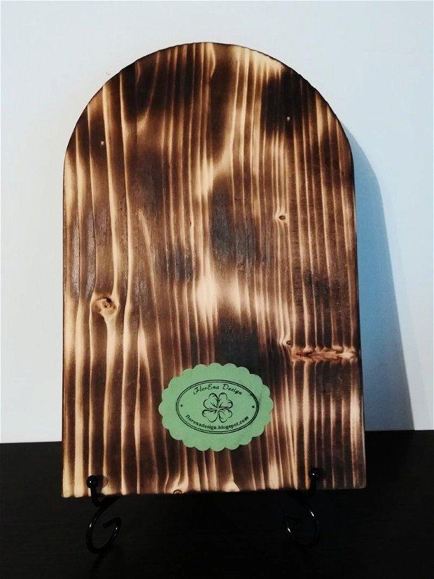D0298 # Icoana pe lemn de brad, 20,5x15x1,8cm