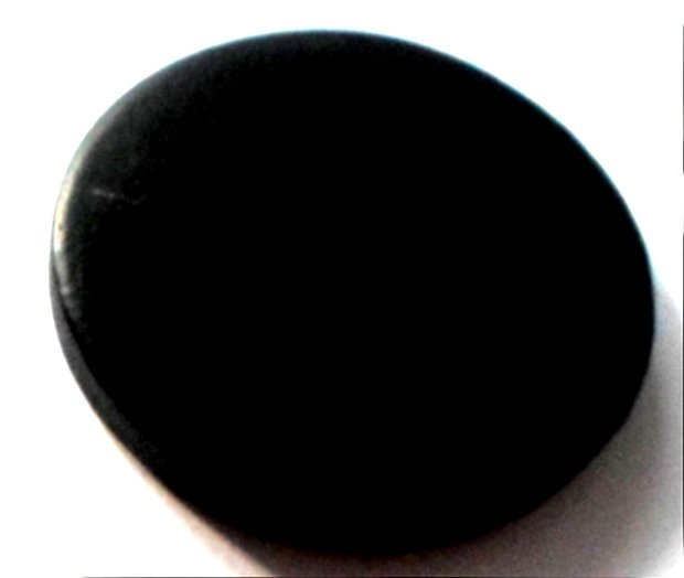Margele plastic banut negru