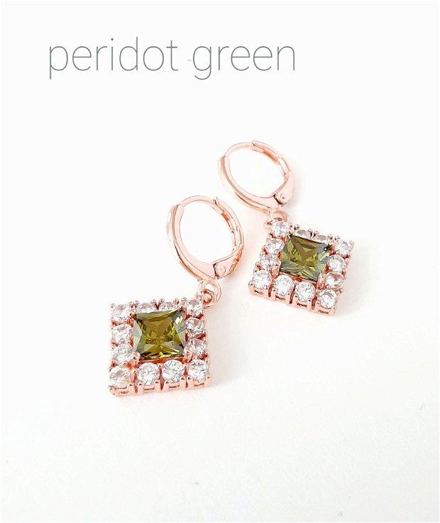 Cercei placați cu aur roz și Cubic Zirconia verde peridot/clear