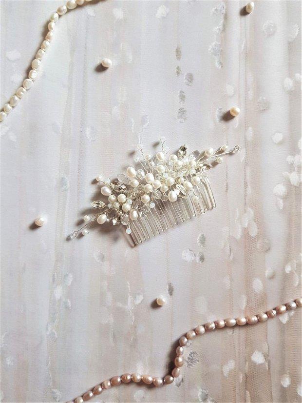 Pieptene mireasa cu perle naturale si cristale