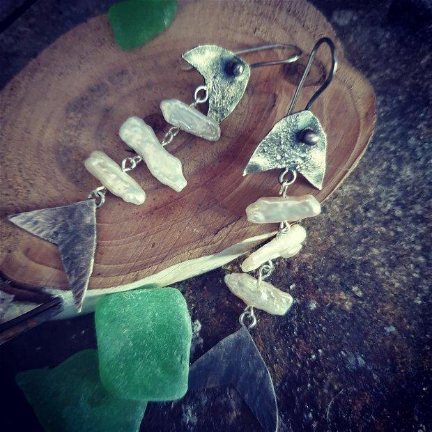 Cercei lungi din argint si perle biwa, pestisori