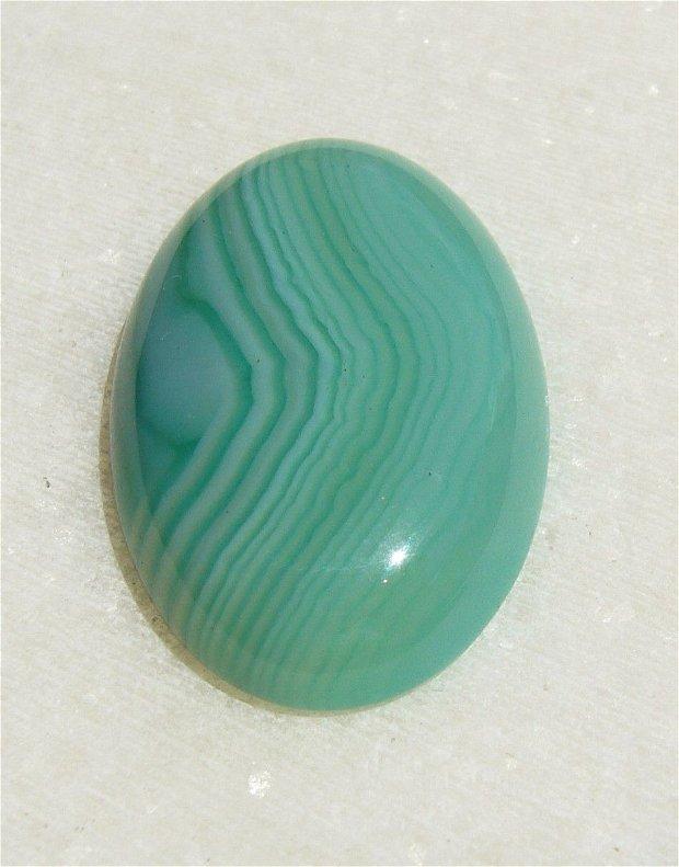 Cabochon 1 agata dungata verde deschis aprox 30x20x6.5 mm
