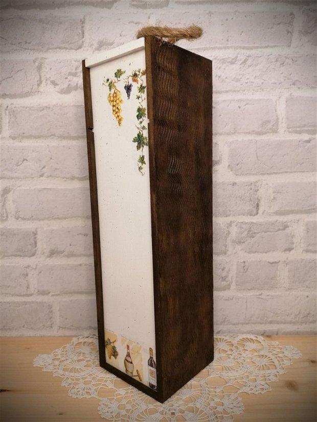 Cutie din lemn pentru sticla de vin