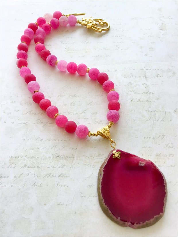 Colier agate roz