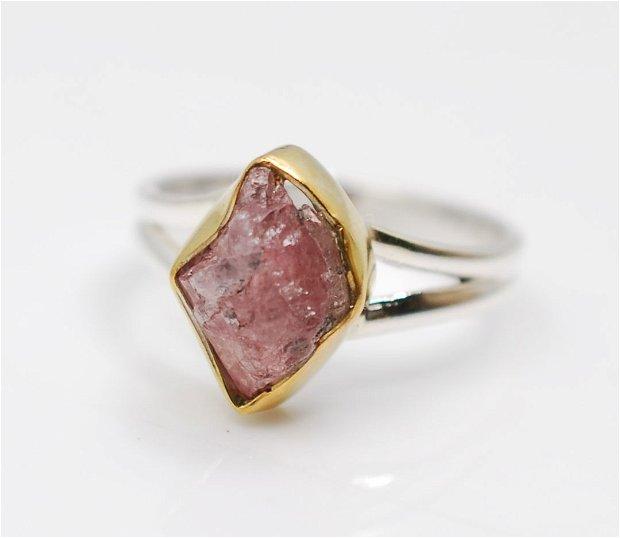 Inel argint 925, şi radacina de rubin natural, inel organic, inel brut, inel statement