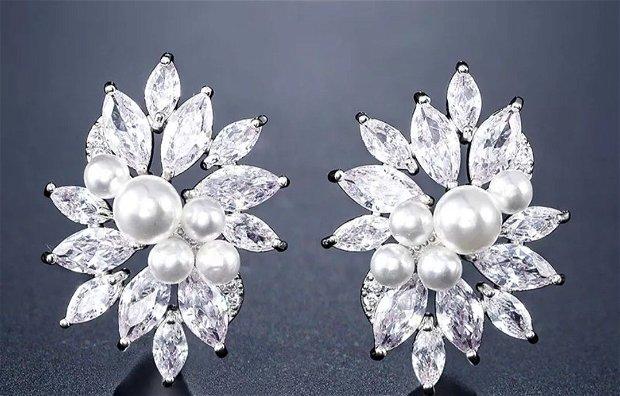 Cercei argint  cristale si perle