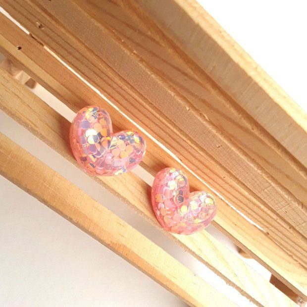 Cercei inimioare roz