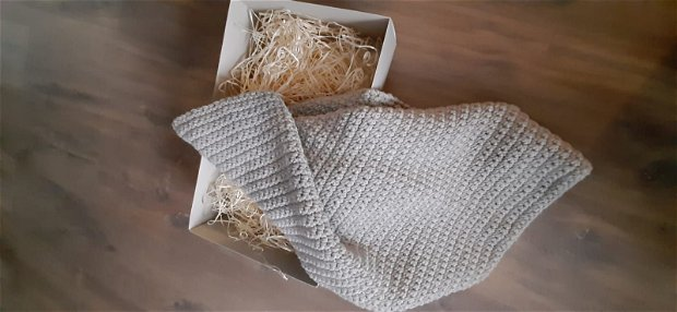 Paturica bebelusi/copii crosetata manual din lana Merino