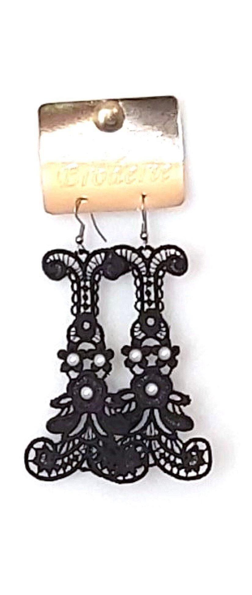 Cercei accesorizati cu perle Swarovski
